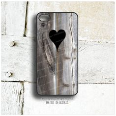 iPhone 5C Case Wood Print, TOUGH iPhone 5s Case Heart, iPhone 4 Case, iPhone 4s Case, Rustic iPhone Case, Wood Texture iPhone Cover I6  by HelloDelicious at Etsy.com  130 sek