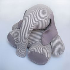 Looks so cuddly. Elephant by Koten.