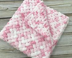 Pink Receiving Blanket, Pram Puffy Plush Hand Knit Baby Blanket, Knitted Soft Newborn Blanket for Stroller, Gift for Girl Babyshower – The Best Ideas Handmade Baby Blankets, Soft Baby Blankets, Knitted Baby Blankets, Receiving Blankets, Plush Blankets, Hand Knit Blanket, Baby Blanket Crochet, Crochet Baby, Best Baby Gifts