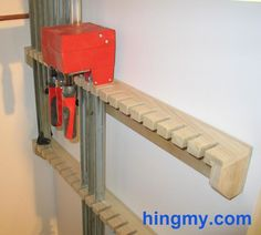 Clamp rack for parallel jaw clamps