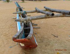 Oruwa . Sri-Lanka traditional sailing boat (Rafael Vila) by Rafael Vila (flickr) Tags: traditional sail sri lanka hull vela casco canoa tradicional embarcación navegación oruwa