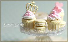 *ホワイトチョコのカップケーキ* - *Nunu's HouseのミニチュアBlog*           1/12サイズのミニチュアの食べ物、雑貨などの制作blogです。