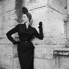Oh how I adore her crisply tailored suit! #vintage #1940s #fashion #hat