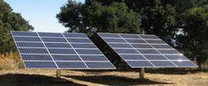 Tucumán tiene un gran potencial para el desarrollo de la energía solar. La historia de dos tucumanos apasionados por la energía solar fotovoltaica  Dos arquitectos están ejecutando en suelo tucumano un proyecto piloto de conexión de paneles fotovoltaicos a la red bajo todas las normas de seguridad exigidas por la Unión Europea. Con su proyecto, los arquitectos buscan demostrar de manera práctica sus resultados obtenidos y así promover la actividad