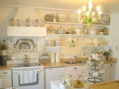 What a gorgeous DIY kitchen reno on a budget!