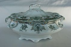 RARE Vintage Wedgwood Raleigh Pattern Covered Soup Tureen Green Wht Gold Gilded #Wedgewood