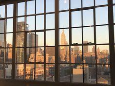 New York Life, Nyc Life, Living In New York, City Living, Aesthetic Desktop Wallpaper, Vintage Desktop Wallpapers, City Vibe, Macbook Wallpaper, City Aesthetic
