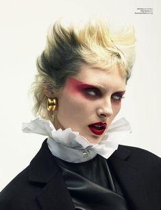 Billow and Cumulus earrings from available at Sid Boutiques.Billow and Cumulus earrings from available at Sid Boutiques . Punk Makeup, Makeup Art, Beauty Makeup, Eye Makeup, Hair Makeup, Makeup Inspo, Makeup Inspiration, Mode Punk, Alternative Makeup
