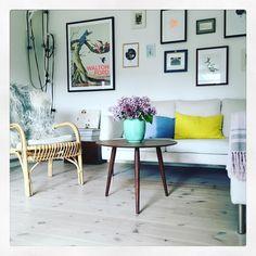 #bruunmunch #PLAYround #danish #design #scandinavian #producedindenmark #style #craftmanship #interiordesign #madeindenmark #coffeetable #sidetable #table #nordic #newnordic #nordicdesign #nordicliving #nordicdesign #interiordesign #interior #home #wood #woodfurniture #oak #homedecor #decor #inspiration #nordicdesign #wood #furniture #woodfurniture #laminate #flowers