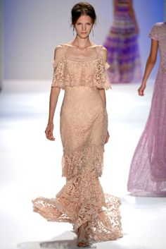 Elegant Dresses Spring-Summer 2013 RTW by Tadashi Shoji | 2013 Fashion Trends