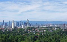 Panorama Frankfurt am Main ---  From the Taunus and rest areas on the A5, one can also really great photograph in the direction skyline.