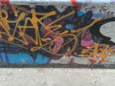 graffiti op een skate baan (fantasie, bovenkast, smal)