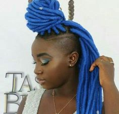 Best Yarn Locks Hairstyles for Women Braids Hairstyles Pictures, Shaved Side Hairstyles, Black Girls Hairstyles, Hair Pictures, Trendy Hairstyles, Braided Hairstyles, Braided Mohawk, Protective Hairstyles, Black Girl Braids