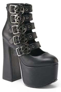 Death is a mystery, and burial is a secret. Elevate above the rest - 'Burial' l Dr Shoes, Goth Shoes, Me Too Shoes, Womens Gothic Boots, Goth Platform Boots, Heeled Boots, Shoe Boots, Ankle Boots, Rock Boots