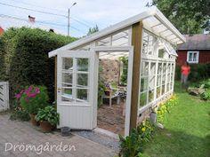 Pergola Ideas For Patio Window Greenhouse, Backyard Greenhouse, Greenhouse Plans, Pergola Patio, Backyard Landscaping, Pallet Greenhouse, Greenhouse Growing, Pergola Ideas, Shed Cabin