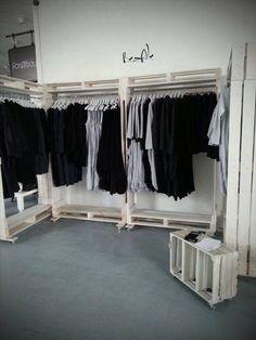 DIY: Mein Schlafzimmer ohne Kleiderschrank   Glowbus