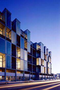 Yerba Buena Lofts | San Francisco, California | Stanley Saitowitz/Natoma Architects | photo by Tim Griffith