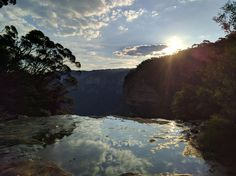 Sunset at Wentworth Falls Australia [OC] [4000 x 2992]