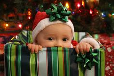 Christmas baby pic, would be cutes inside a present, at a newborn, like my christmas gift from Jordan! <3