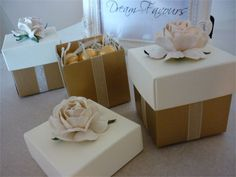 Rose Favour from Dream Favours - Dream Favours