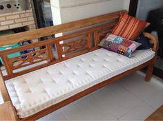 Resultado de imagem para futon sofa de madeira