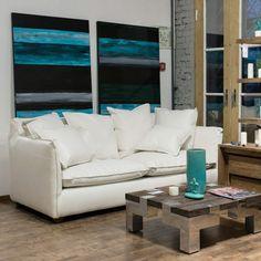 Диван Cumberland White Диван из экологичной искусственной замши. Современный дизайн для Вашего комфортного времяпрепровождения в свободные минуты. http://www.teakhouse.ru/ru/mebel/couch/divan_cumberland_white/