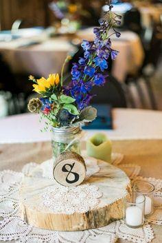 Rústicas centrales de la boda del cordón de la vendimia