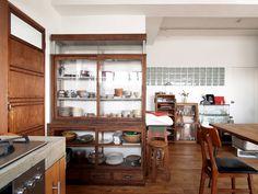 最初にリノベーションのご相談にいらしたとき、奥様が「こういう家具をこういう店で買います」とはっきりおっしゃっていて、すでに部屋の世界観ができあがっていました。そのため、モノを探しながら同時進行で設計