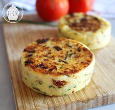 Q-e-zine: Galettes de polenta {tomates séchées, échalotte, ciboulette}