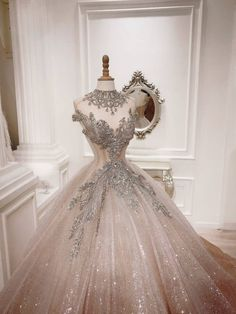 Royal Dresses, Quince Dresses, Ball Gown Dresses, Pretty Quinceanera Dresses, Pretty Dresses, Princess Wedding Dresses, Dream Wedding Dresses, Princess Ball Gowns, Luxury Wedding Dress