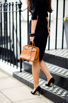 Hermes Birkin Bag: Still The Most Fashion Priority! – This large, expensive tote of iconic status was created for and named after the haute-hip celebrity Jane . Peony Lim, Look Office, Office Style, Black Peony, Look Fashion, Womens Fashion, Hermes Handbags, Hermes Bags, Gucci