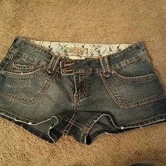 *CLEARANCE* YMI Shorts YMI Shorts size 7 Juniors. YMI Shorts Jean Shorts