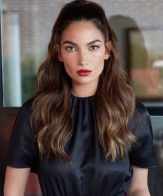 Lily AldridgeYou can find Lily aldridge and more on our website. Lily Aldridge Hair, Brunette Woman, Hair Creations, Beauty Shots, Victoria Secret Fashion Show, Celebrity Look, Beautiful Models, Cut And Color, Bridal Hair