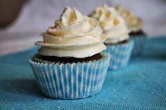 Cupcakes de chocolate con frosting de coco - Cakes a medida