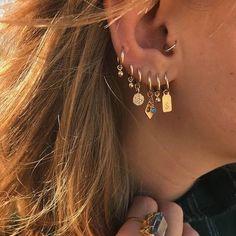 Large Gold Circle Drop Earrings - Big Hoop Earrings/ Sparkly Hoops/ Geometric Earrings/ Elegant Hoops/ Circle Earrings/ Gifts for Her - Fine Jewelry Ideas - Gold Filled Hoop Earring Gold Charms Gold Small Hoops Big Earrings, Circle Earrings, Crystal Earrings, Diamond Earrings, Diamond Stud, Drop Earrings, Diamond Jewelry, Earings Gold, Unique Earrings