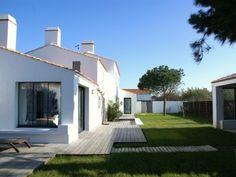 Location vacances villa Noirmoutier en l'Ile: Vue d'ensemble du jardin clos