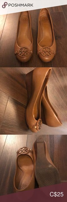 Shop Women's Tory Burch Tan size Wedges at a discounted price at Poshmark. Description: Tan wedge by Tory Burch Only worn once. Tan Wedges, Womens Shoes Wedges, Wedge Shoes, Tory Burch, Peep Toe, Best Deals, Heels, Closet, Things To Sell