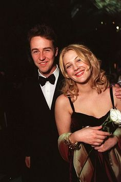 24 Famous Couples Time Forgot (But We Never Will) Drew Barrymore & Edward Norton