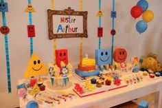 Mister Maker Theme Art Party Decorations, Birthday Decorations, 3rd Birthday Parties, 4th Birthday, Birthday Ideas, Family Birthdays, First Birthdays, Mister Maker Crafts, Party Like Its 1999