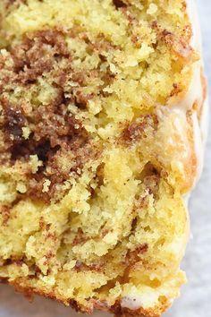 Apple Cinnamon Bread, Cinnamon Muffins, Cinnamon Cookies, Apple Bread, Cake Mix Muffins, Cake Mix Cookies, Cupcakes, Cake Mix Desserts, Delicious Desserts