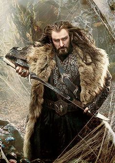 Thorin, love.... Why are you holding on to the bare blade of a elvish sword? It is very sharp and dangerous... didn't your ancestors train you better?