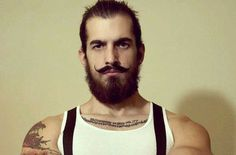 Hipsters often rock the flashiest hairstyles to match their unique sense of styl. Hipsters often r Hipster Haircuts For Men, Hipster Hairstyles, Slick Hairstyles, Messy Hairstyles, Hipster Looks, Hipster Man, Hipster Fashion, Great Beards, Awesome Beards