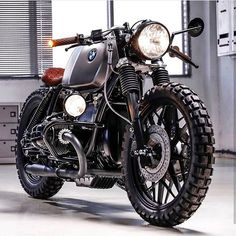 caferacergram — The 'CRD by Cafe Racer Dreams Cream Motorcycles was one of the bikes taken from their garage. Cafe Racer Dreams Cream Motorcycles basically invented this style of single saddled B Bmw Scrambler, Honda Cb750, Bmw Boxer, Bike Bmw, Cafe Bike, Moto Bike, Bmw Cafe Racer, Cafe Racer Motorcycle, Chopper Motorcycle