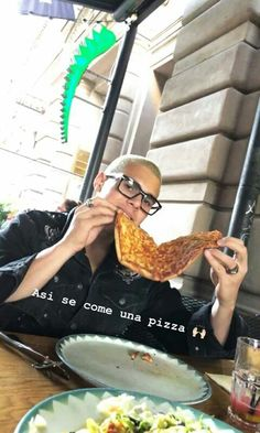 Read 112 🍕 from the story Si Estuvieras En CNCO by EsmeraldaStark (Esmeralda Stark) with 220 reads. I Love Him, Love You, My Love, Memes Cnco, Anne Shirley, Zach Herron, Latin Music, Guy Names, Founding Fathers