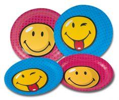 Smiley Teller, Packung mit 8 Partytellern aus bedruckter und veredelter Pappe, 2 Motive sortiert, Durchmesser 23 cm Die lustigen Smiley Teller sind in 2 Motiven sortiert verpackt. Wenn die Smileys von den Tellern lachen, dann lachen Ihre Gäste bestimmt zurück.
