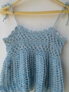 CROPPED ESTILO BATINHA EM CROCHÊ Summer Patterns, Crochet Top, Crochet Summer, Trendy Fashion, Knitting, Bikinis, Inspiration, Clothes, Women