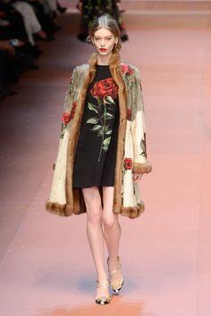 Collezione Dolce Gabbana Autunno Inverno 2015 2016  01013bdcea2