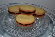 Recette des choco prince,ses délicieux biscuits dont les enfants raffolent au goûter. Facile à réaliser, un sablé croustillant recouvert de chocolat maison.