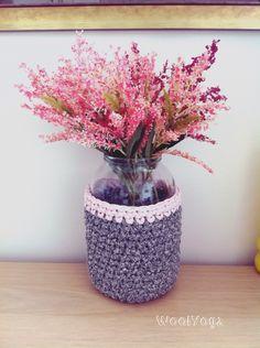 The crochet vase from tshirt yarn @homedecor