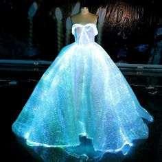 Fiber Optic Brautkleid RGB LED leuchten Brautkleid Glow in the Dark Dress Fiber. - Fiber Optic Brautkleid RGB LED leuchten Brautkleid Glow in the Dark Dress Fiber Optic Brautkleid RGB LED leuchten Brautkleid Glow in the Dark Dress Source by - Cute Prom Dresses, 15 Dresses, Pretty Dresses, Dinner Dresses, Autumn Dresses, Ebay Dresses, Fabulous Dresses, Junior Dresses, Cocktail Dresses